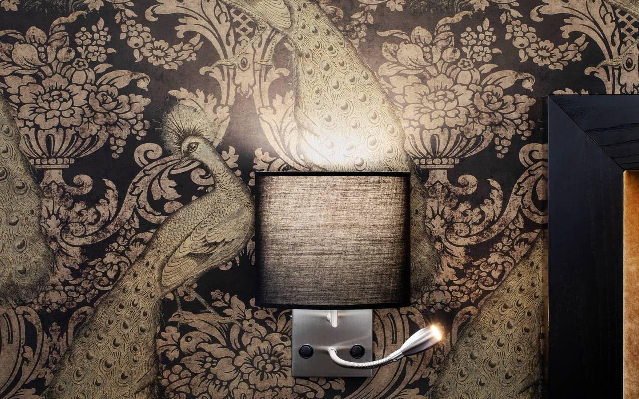 Belle lampe et décoration, hotel chic paris, Juliana Hotel Paris.