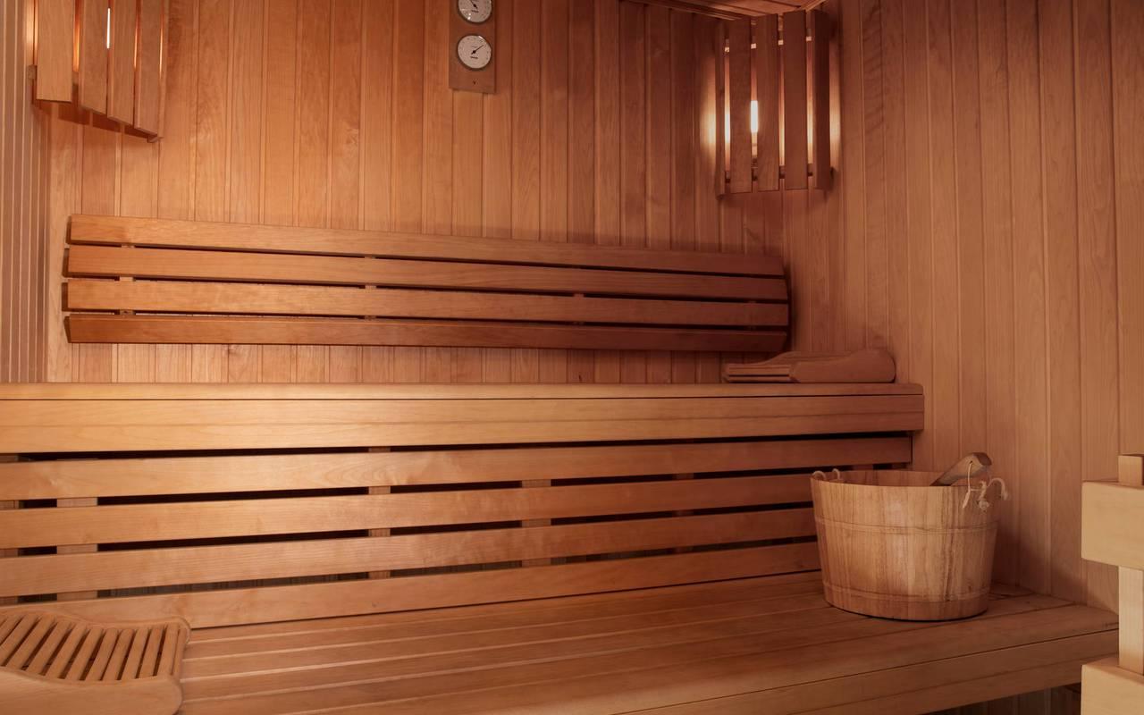 Sauna, hotel vue sur la tour eiffel, Juliana Hotel Paris.