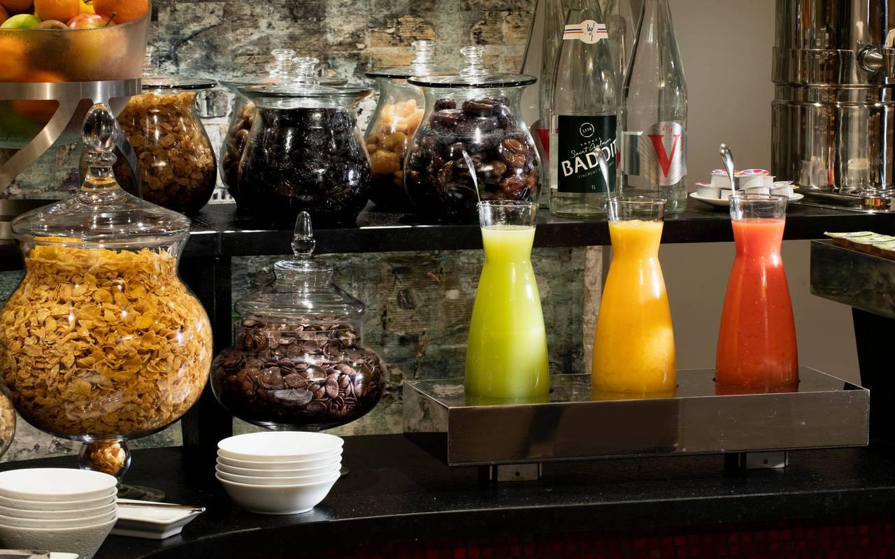 Petit-déjeuner, hôtel de luxe Paris 5 étoiles, Juliana hôtel Paris