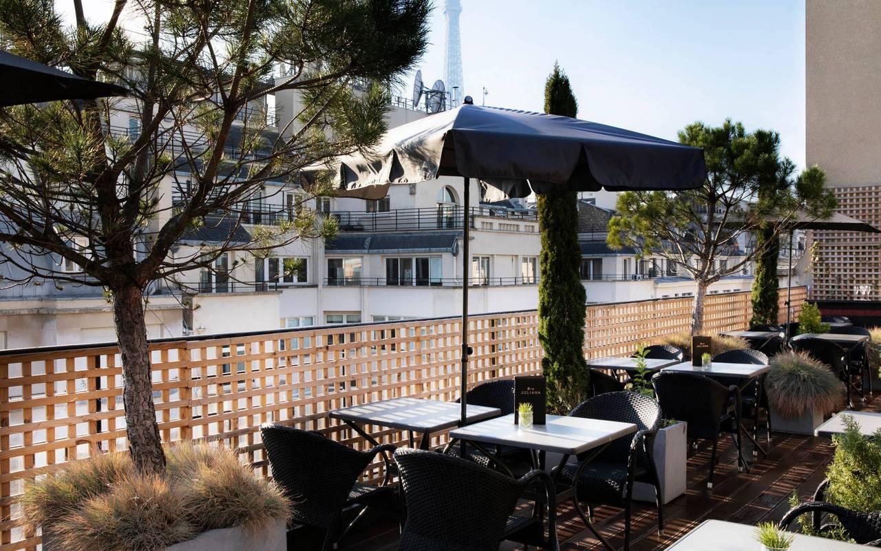 Grande terrasse du bar, hôtel avec vue sur la Tour Eiffel, Juliana Hôtel Paris
